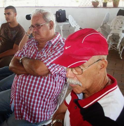"""Gaspar """"Curro"""" Pérez (a la derecha) y Alfredo Santana. Foto: Radio 26"""