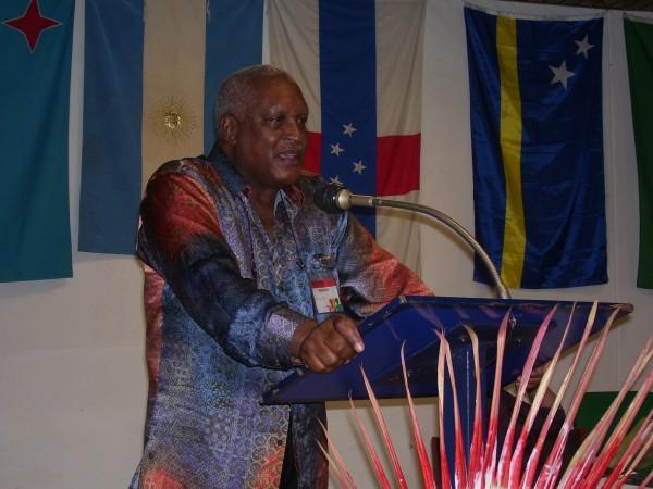 """Harvey Harold Naarendorp, embajador de Suriname para Francia y el Reunido Unido en la inauguración del Coloquio Internacional """"El Caribe que Nos Une"""" en Santiago de Cuba. Foto: El autor."""