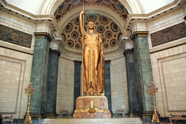 42 Cuba - Havana Centro 1- Capitolio - La Estatua de la Republica, Statue of the Republic
