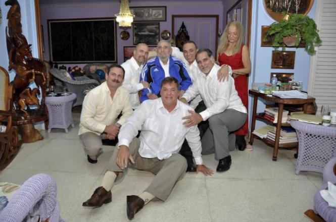 Fidel y el encuentro con Los Cinco_ Fotos: Estudios Revolución