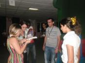 El pueblo cubano ejerciendo el derecho al voto