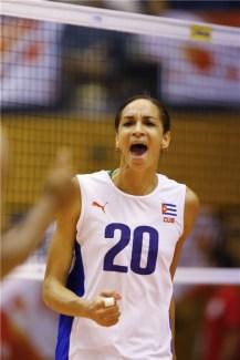 Heidy Rodríguez, unas de las nuevas figuras del equipo cubano en la Copa del Mundo de Voleibol Femenino