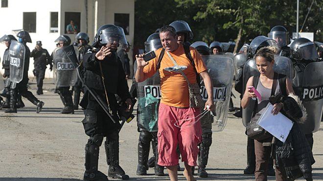 151116042245_cubanos_frontera_nicaragua_afp_624