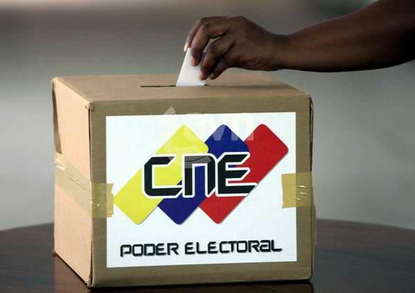 elecciones-venezuela-2012-07102012-foto-avn