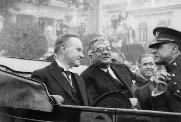 Coolidge-and-Machado-in-Cuba