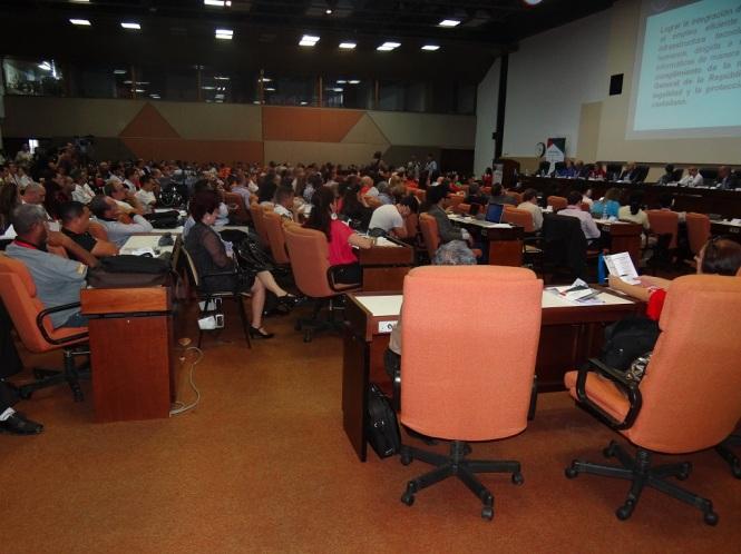 Mesa redonda Proceso de la Informatización de la Sociedad Cubana.