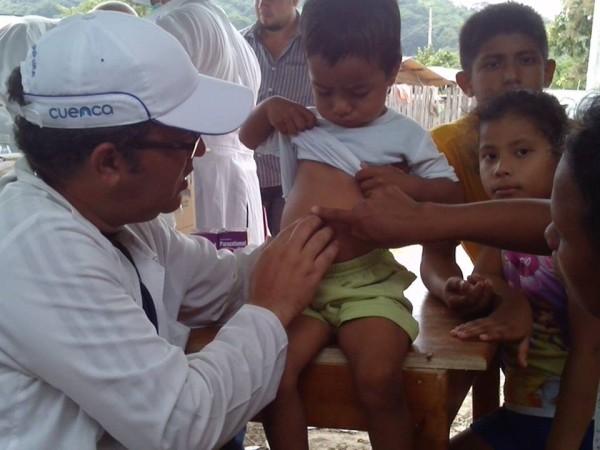 Solidaridad cubana en Ecuador (5)