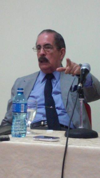 El Dr. Angel Pérez Herrero compartío sus vivencias en el espacio del proyecto sociocultural ALE.com en la Universidad de las Ciencias Informáticas