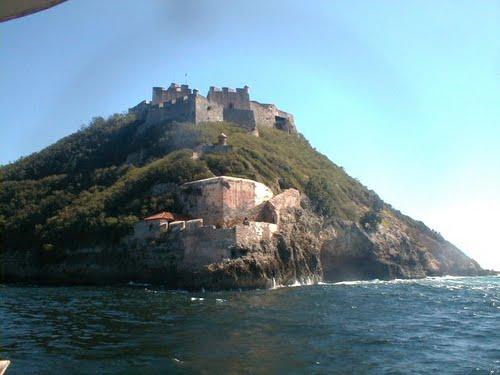 Castillo San Pedro de la Roca