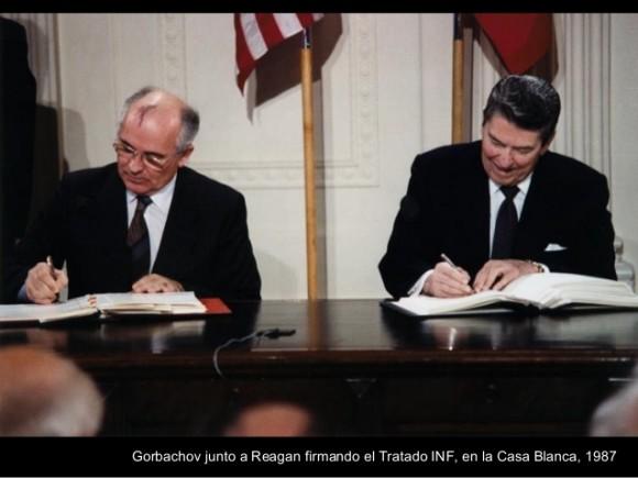cumbre-Gorbachov-Reagan-en-Reykjavik-580x435