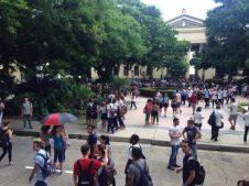 Desde temprano los jovenes cubanos invadieron las universidades cubanas en el Avispero contra el bloqueo
