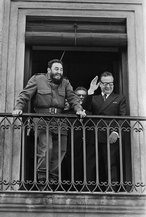 Fidel junto a Allende en el Palacio de La Moneda.