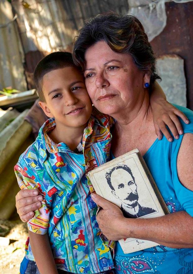 CUBA-LA HABANA-PARA TODAS LAS MADRES FELICIDADES